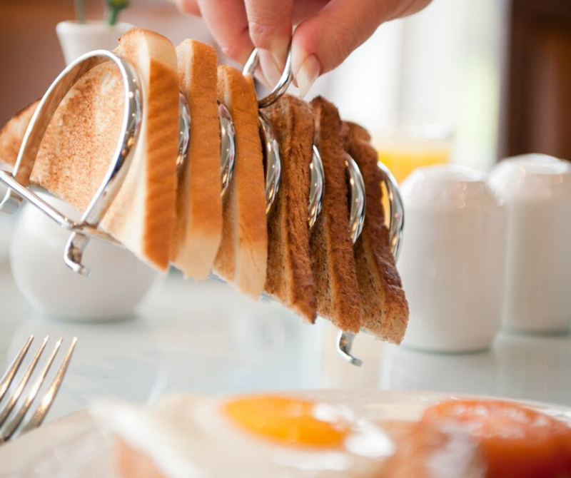Enjoy breakfast whilst on a coach tour holiday to Scotland with Lochs & Glens